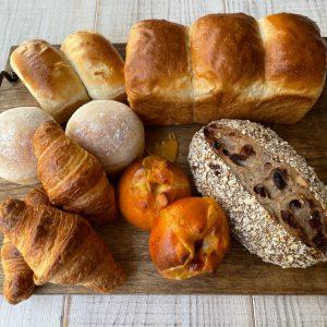クロワッサンが入った朝ごパン